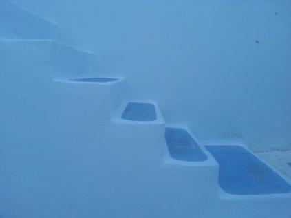White stairs, Milos